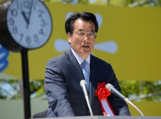 岡田民進党代表