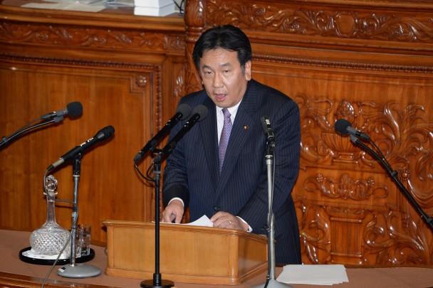 内閣不信任決議案の趣旨説明をする枝野幸男議員