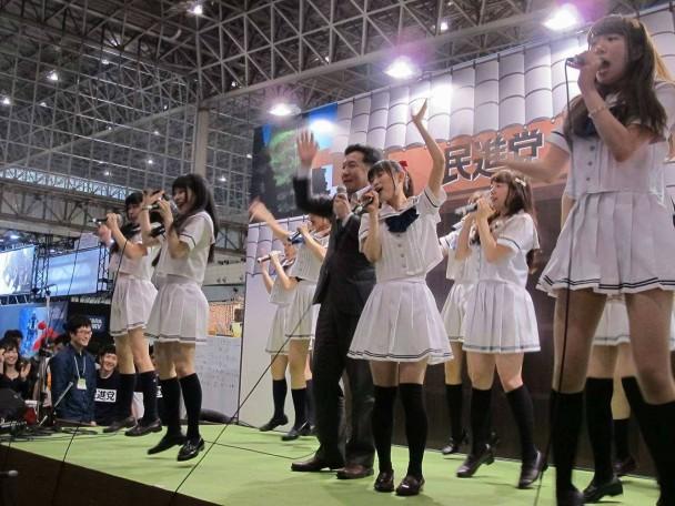 埼玉のご当地アイドルグループ・大宮アイドールのステージ