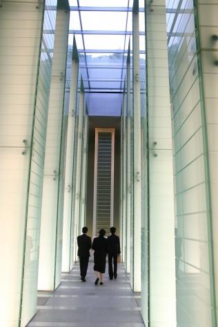 長崎原爆死没者追悼平和祈念館の追悼空間